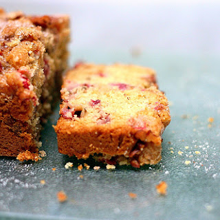 Strawberry Rhubarb Pecan Loaf Recipe