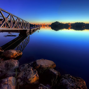 The Peacefulness At The Lakeside by Mohd Tarmudi - Landscapes Sunsets & Sunrises ( putrajaya )