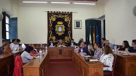Imagen del Pleno en el que el Ayuntamiento de Níjar ha aprobado los presupuestos 2018.