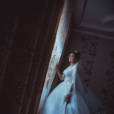 Wedding photographer Nurbek Akhunbaev (Onlineprofi). Photo of 22.06.2017
