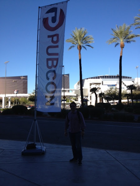 Photo: Dave Pocock out the front of Pubcon 2012 on day 1