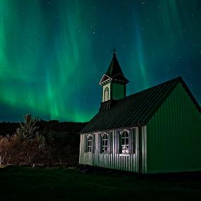 Aurora (northern lights) by Þorsteinn Ásgeirsson - Buildings & Architecture Places of Worship ( aurora northern lights, church, aurora, mood, dark, house )