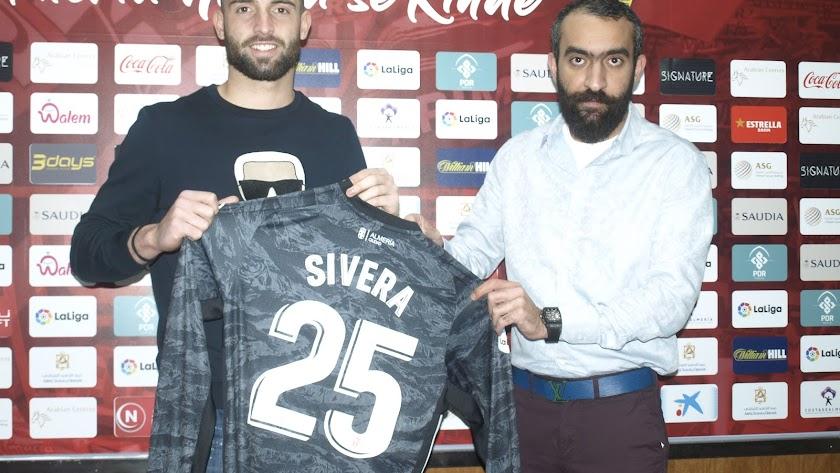 Antonio Sivera y Mohamed El Assy en la presentación.