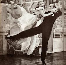 Photo: Ginger Rodgers & Fred Astaire  http://filmesclassicos.podbean.com