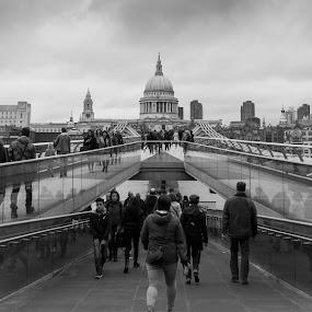 Millenium Bridge, looking towards St Paul's Cathedral London by Simon Sweetman - Black & White Street & Candid ( london, street, st paul, cathedral, bridge, people,  )