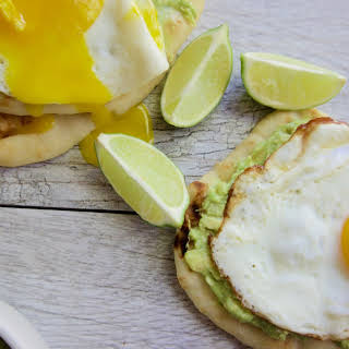 The 28-Day Shrink Your Stomach Challenge Avocado Egg Breakfast Pizza.