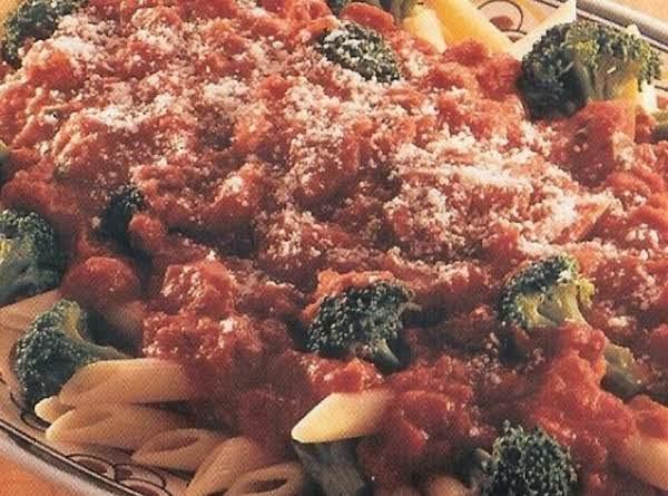 Penne Pasta With Broccoli & Tomato Sauce Recipe