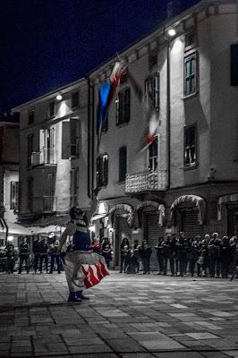 Stendardi notturni di Terenzini Luca