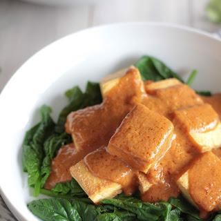 Tofu with Thai Peanut Sauce (Pra Ram).