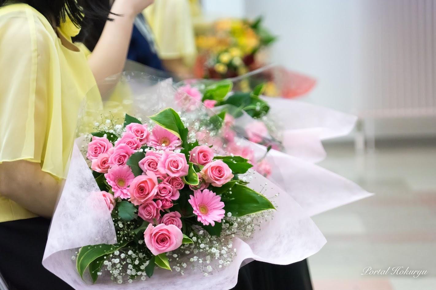 出番を待つ花束