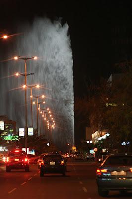 世界一の高さを誇る噴水は最大で311M