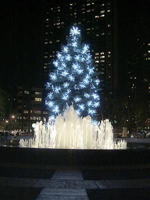 クールでファンキーなクリスマスツリー