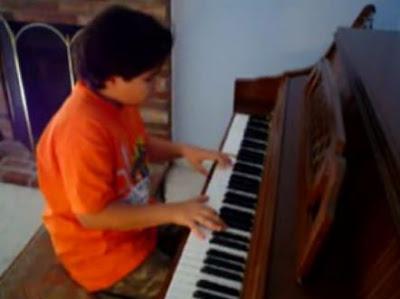 フォレスト・ガンプの曲をピアノで美しく演奏