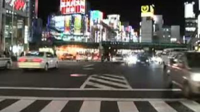 東京の町並みを高速で再生したTokyo Skyline