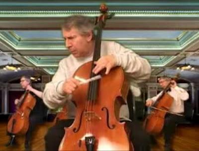 チェロ演奏で一人37役もこなした「Ethan Winer」