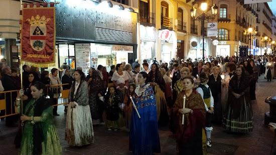 Estandarte y Fieles en el Rosario de Cristal - Zaragoza