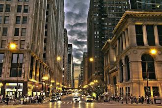 Photo: Downtown Chicago at Night @ Chicago, IL - http://photo.leptians.net/#Downtown_Chicago_at_Night.jpg