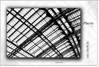 Foto: 2007 07 11 - R 06 09 10 064 d1 - P 015 - Dach von Köln