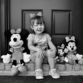 Smiles and Bows by Jessica Simmons - Babies & Children Child Portraits ( black and white, minnie mouse, bows, portraits, smiles )