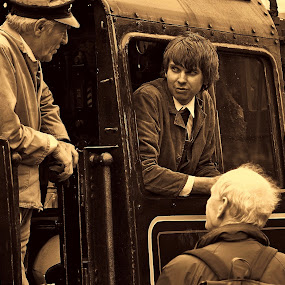 No  you  cannot  come  aboard by Gordon Simpson - Transportation Trains