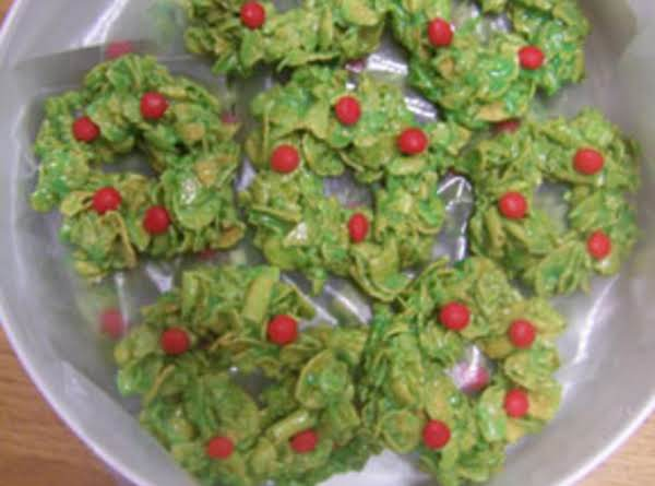 Edible Christmas Wreaths