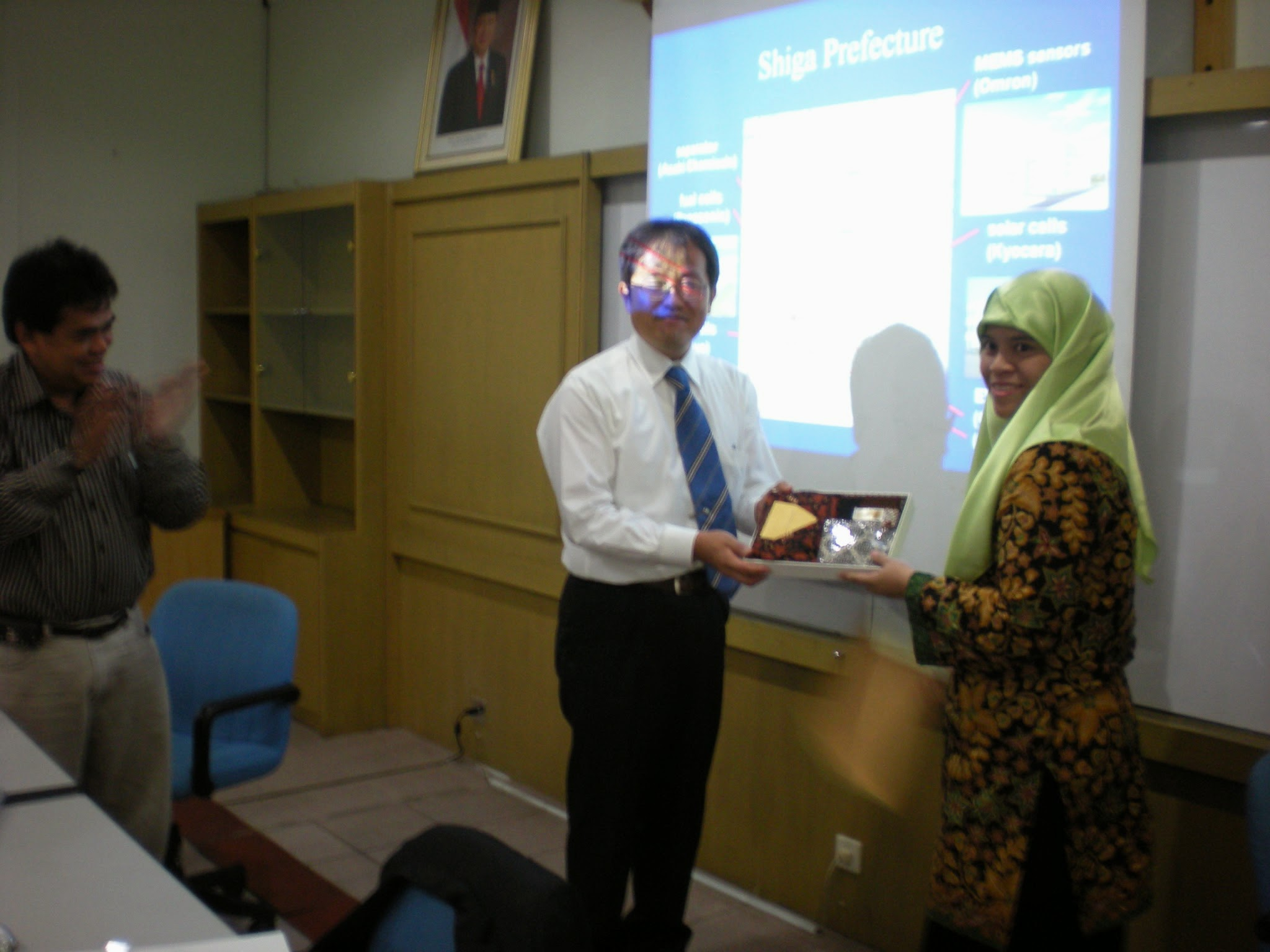 Photo: presentation at Trisakti University (photo by Dr. Sumadi)