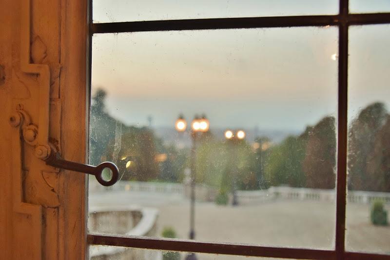 Da dietro una finestra  di DiegoCattel