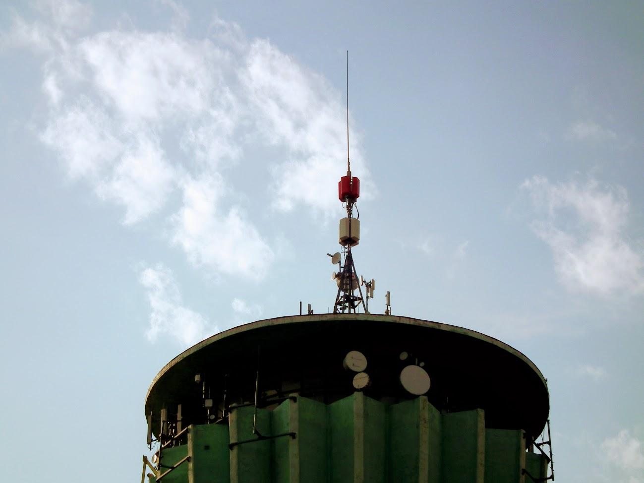 Nyíregyháza/víztorony - DVB-T gapfiller+helyi DVB-T adóállomás