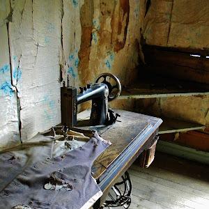 Sewing room_Garnet.JPG