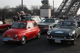 Photo: Fiat 500 de 1966 & MG B