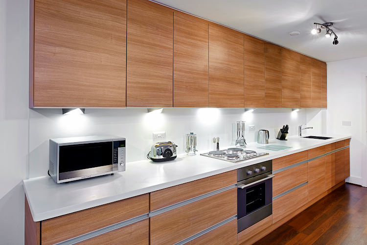 Fully equipped kitchen at Skyline Plaza - Basingstoke