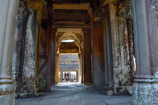 cambodia-angkor-hallway2.jpg - A well preserved Angkor Wat Temple entrance.