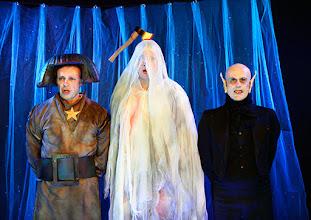 """Photo: Theater an der Wien/ Spielort """"Hölle"""": """"IM SIEBENTEN HIMMEL"""" von Georg Wacks nach Fritz Grünbaum. Premiere 28. 10.2015. Martin Thoma, Georg Wacks, Stefan Fleischhacker. Copyright: Barbara Zeininger"""