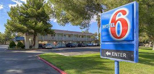 Motel 6 Barstow
