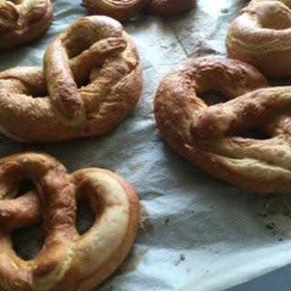 Soft Pretzels-Baking with Eda.