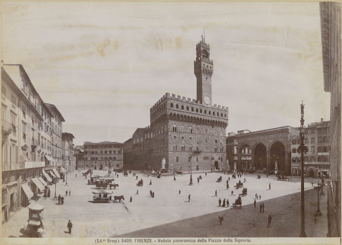 Giacomo Brogi, Veduta panoramica della Piazza della Signoria, ca. 1880, collezione Nasjonalmuseet for kunst Oslo