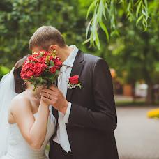Wedding photographer Oksana Benyaminova (Anasko). Photo of 07.02.2014