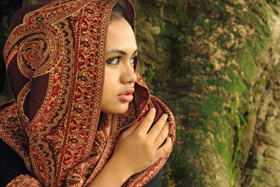 by Ismail Ahmad - People Portraits of Women