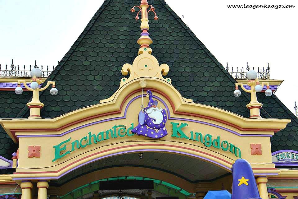 Laagan Kaayo at Enchanted Kingdom