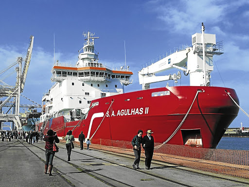 Attracting graduates:  Thousands of people went to Port Elizabeth harbour to have a look at the SA Agulhas II. The research vessel offers SEAmester, a floating academic initiative. Picture: SARAH WILD