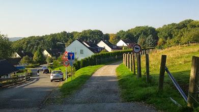 Photo: Die Straße ,Tückinger Wald' (links! [Die Google-Maps-Karte ist noch nicht überall korrigiert worden]) wurde nach 1945 auf dem Gelände von ,Siepmanns Hof' angelegt (vgl. Helga Paar, Unser Kuhlerkamp und seine Nachbarn Philippshöhe und Kuhlerkamp, Hagen 1989, S. 190).