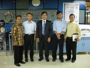 Photo: August 3 (Tuesday) presentation at University of Indonesia (photos by Dr. Sumadi)