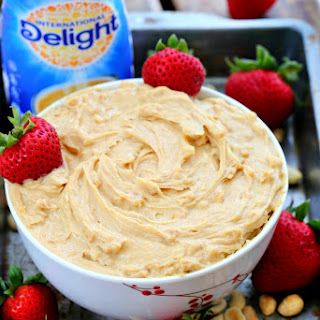 3 Ingredients Vanilla Peanut Butter Dip