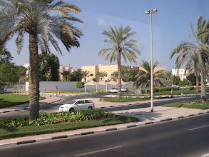 Photo: CB150043 ZEA - Dubaj - dzielnica ambasad