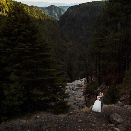 Wedding photographer Fernando Santacruz (FernandoSantacr). Photo of 08.02.2018