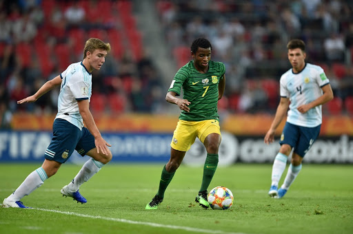 Ten-man South Africa went down to Argentina in World Cup opener
