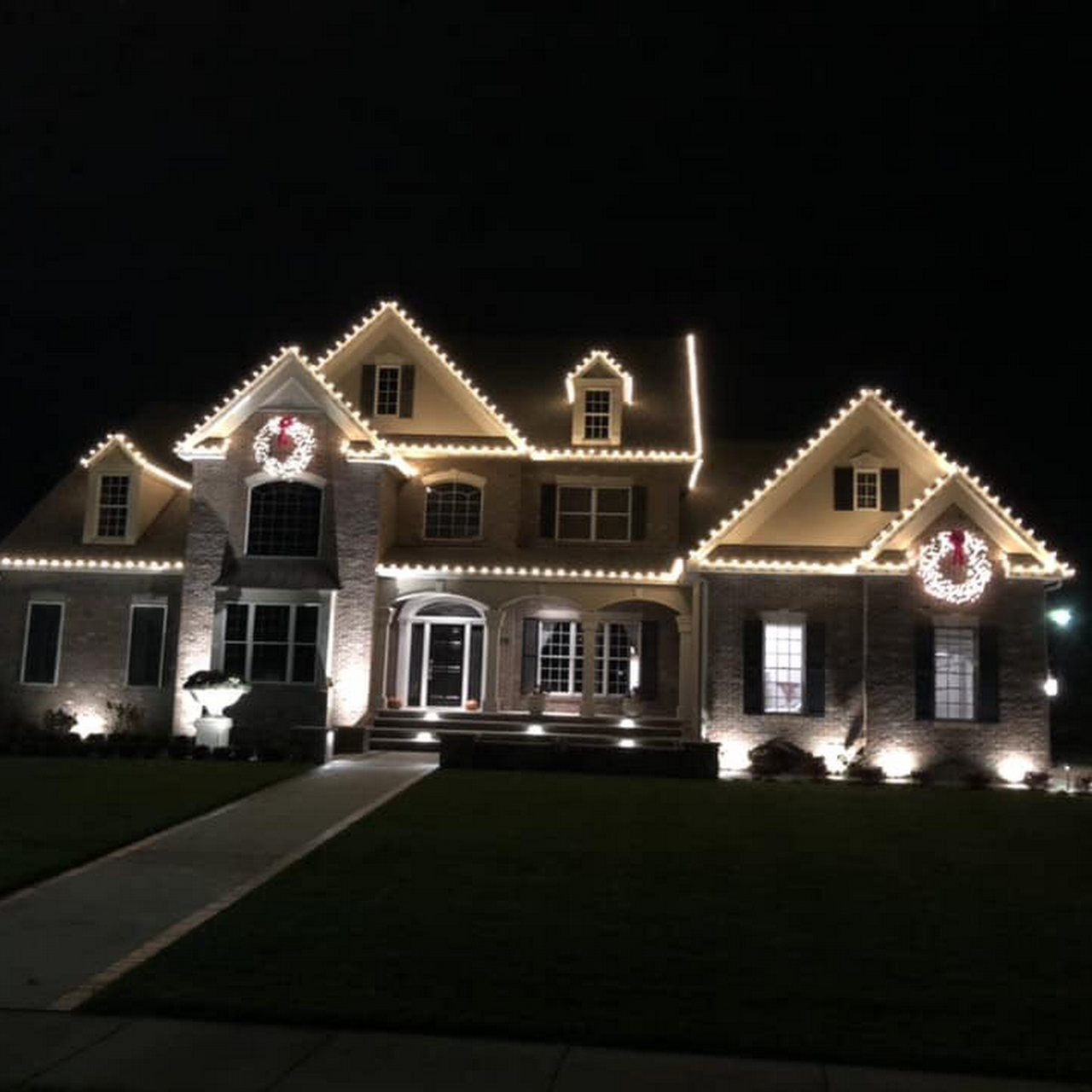 christmas lights installati
