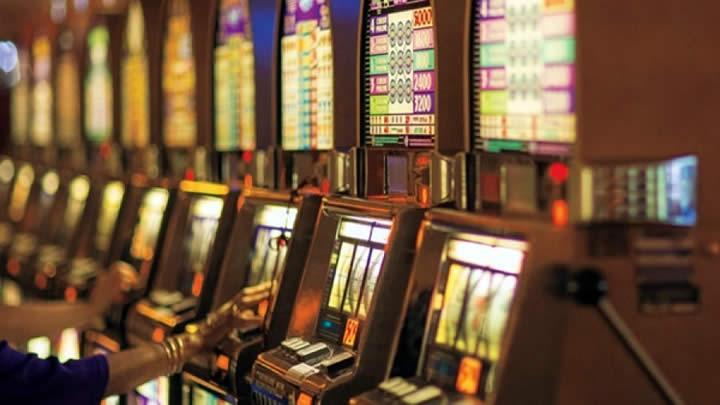 E:\3 article\slots-gambling-illegal.jpg