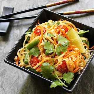 Thai Inspired Green Papaya Salad