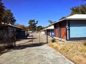 Photo: Workshop & garages
